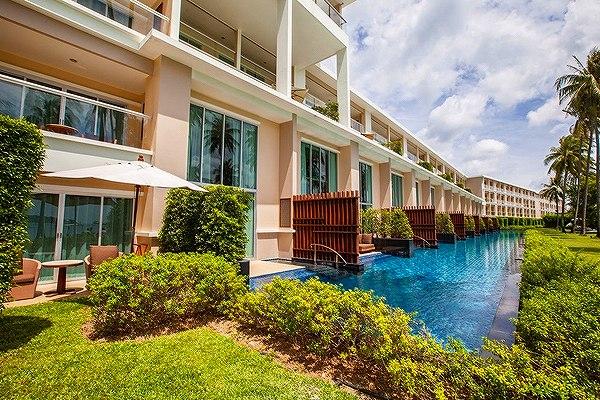 phuket-panwa-beachfront-resort-10