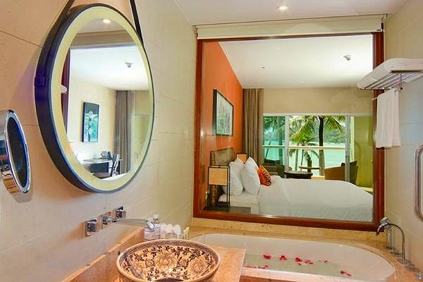 phuket-panwa-beachfront-resort-2
