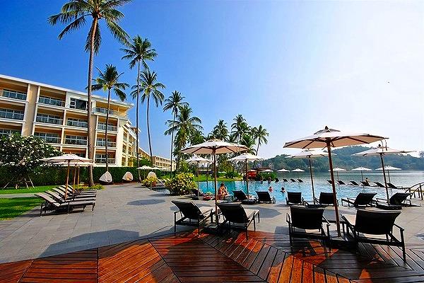 phuket-panwa-beachfront-resort-6