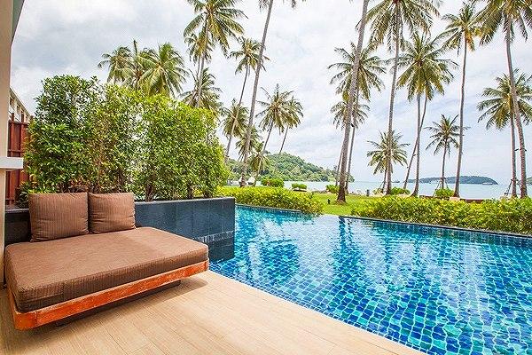 phuket-panwa-beachfront-resort-7