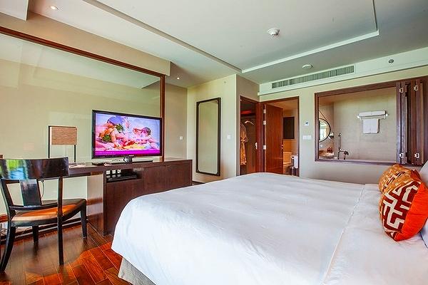 phuket-panwa-beachfront-resort-9
