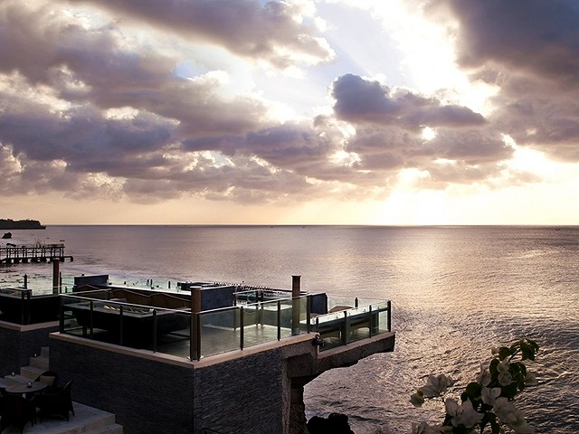 Rock-Bar-AYANA-Resort-and-Spa-Bali2