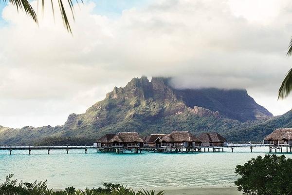 Four Seasons Resort Bora Bora2