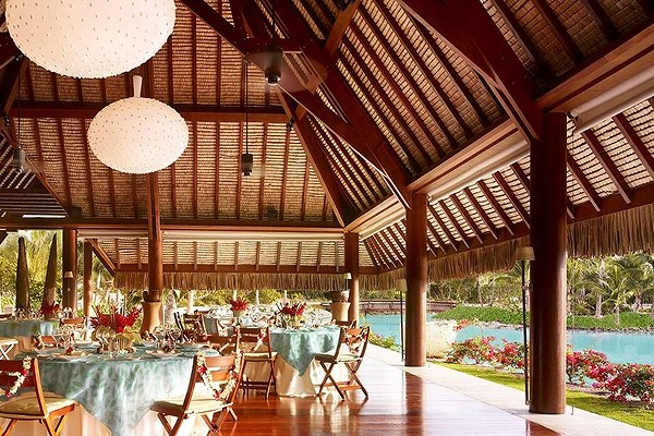 Four Seasons Resort Bora Bora7