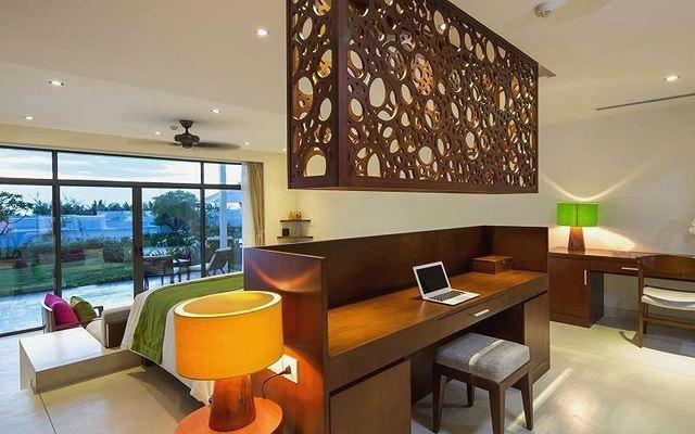 lCam Ranh Riviera Beach Resort11