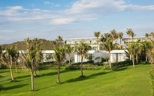 lCam Ranh Riviera Beach Resort12