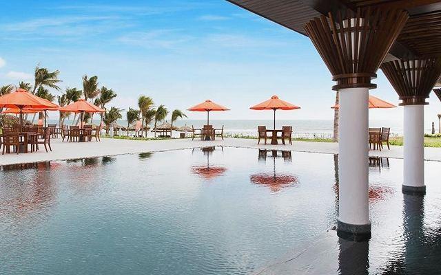 lCam Ranh Riviera Beach Resort3