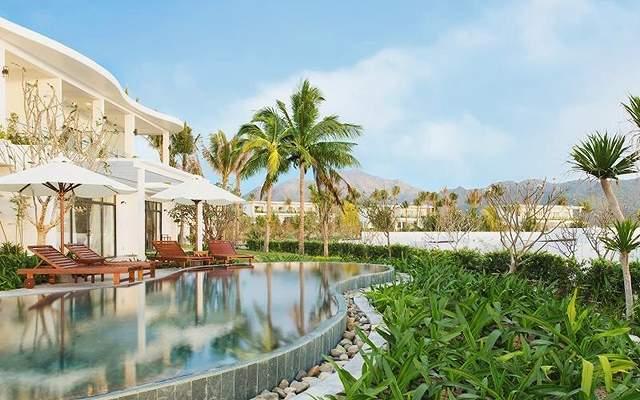 lCam Ranh Riviera Beach Resort9
