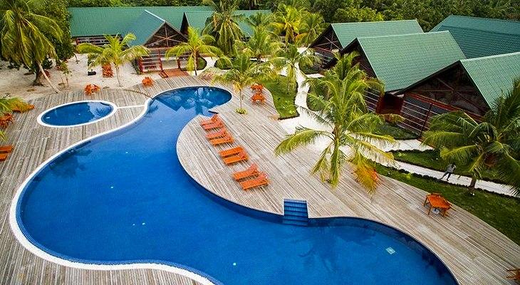 furaveri-island-resort-spa-4
