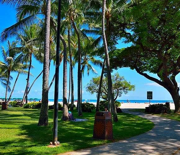 fort-derussy-beach-park